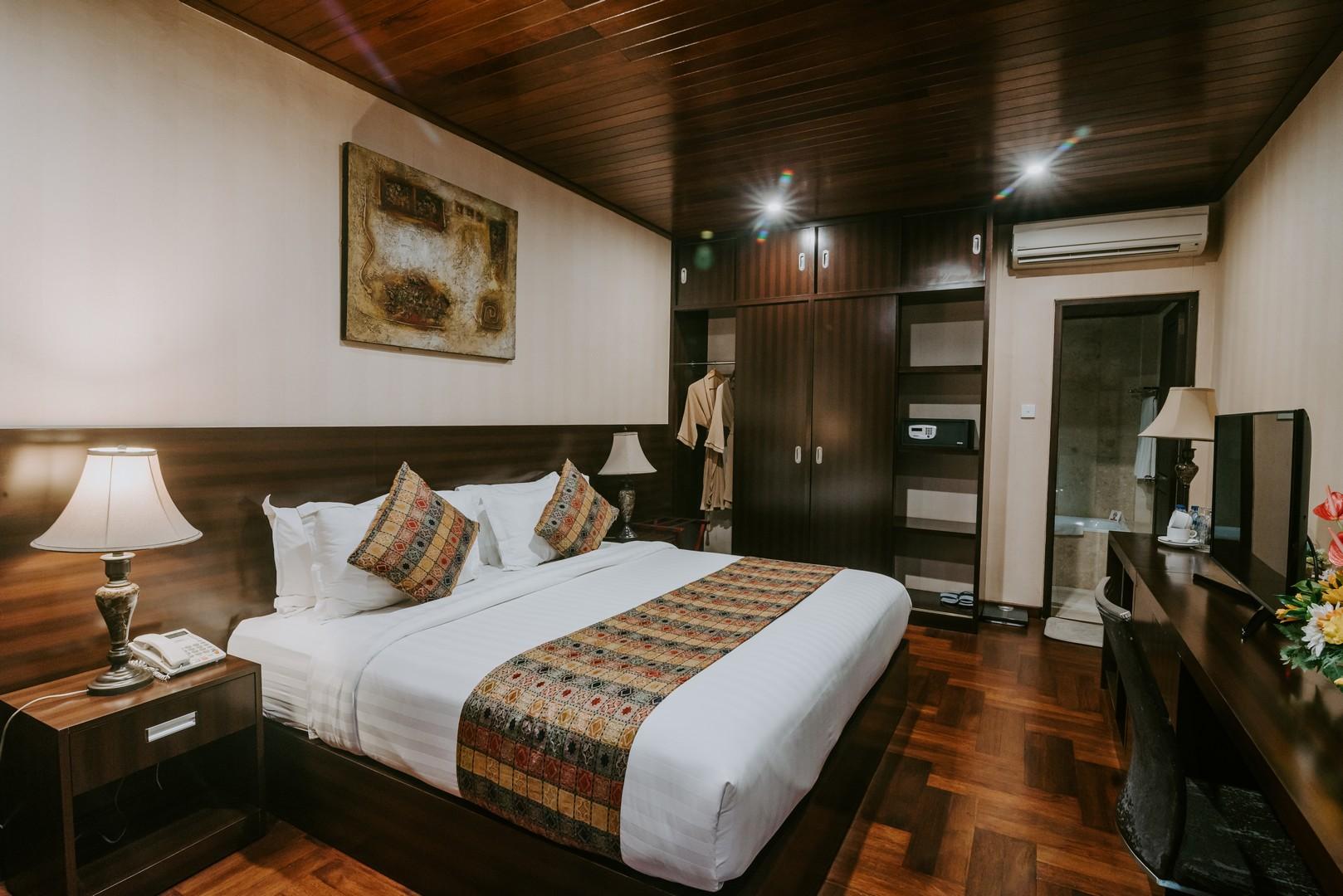 arthur-suites-legian-kuta-hotel-room-pool-bali-affordable-by-premier-hospitality-asia (8)